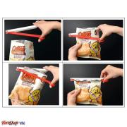Bộ 5 Dụng Cụ Kéo Kẹp Miệng Túi Chống Khuẩn Bảo Quản Thức Ăn được thiết kế thông minh với kiểu dáng nhỏ gọn, tiện lợi có tác dụng bảo vệ thực phẩm đang dùng dở, tránh sự xâm nhập dễ dàng của vi khuẩn bên ngoài.